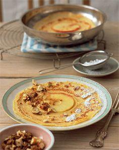 Apfel-Pfannkuchen mit Haselnüssen - Rezepte - [LIVING AT HOME]