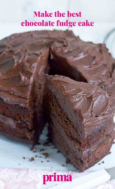 An easy and impressive chocolate cake with lashings of fudge icing Tray Bake Recipes, Sweets Recipes, Baking Recipes, Choc Fudge Cake, Chocolate Cakes, Sponge Cake Recipes, Sponge Recipe, Delish Cakes, Chocolate Recipes