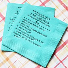 5 Fun Questions About Mommy-To-Be Napkins - Baby Shower Games - Baby Favors and Things Personalized Baby Shower Favors, Baby Favors, Unique Baby Shower Gifts, Baby Shower Fun, Baby Showers, Tiffany Blue Weddings, Baby Shower Napkins, Bad Friends, Baby Shower Supplies