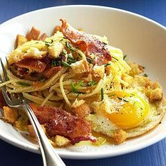 Bacon and Egg Spaghetti - Crispy bacon, Parmesan cheese, and fresh chives come together in our unique, budget-friendly pasta recipe that's a whole new take on breakfast for dinner. Bacon Recipes, Egg Recipes, Brunch Recipes, Pasta Recipes, Breakfast Recipes, Cooking Recipes, Bacon Breakfast, Yummy Recipes, Recipies