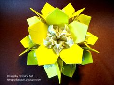 Terapia do Papel: Kusudama Flora - design Flaviane Koti