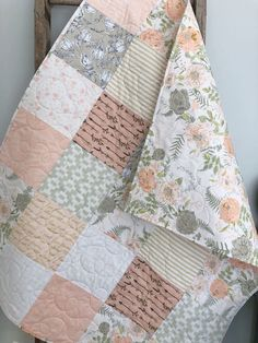 Quilt Baby, Baby Quilt Patterns, Baby Girl Bedding, Baby Girl Quilts, Girls Quilts, Owl Quilts, Twin Quilt, Baby Girl Blankets, Baby Cribs