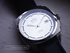 This watch looks so good!