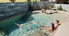 Backyard Pool Designs, Small Backyard Pools, Swimming Pools Backyard, Pool Spa, Swimming Pool Designs, Small Patio, Kleiner Pool Design, Natural Swimming Ponds, Backyard Renovations