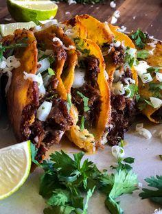 Wine Recipes, Mexican Food Recipes, Beef Recipes, Cooking Recipes, Ethnic Recipes, Mexican Cooking, Yummy Recipes, Beef Birria Recipe, Breakfast
