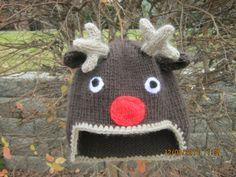 Beanie Reindeer hat brown and beige  so cute free shipping