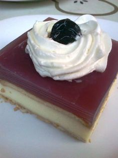 H μάνα του ... λόχου: Μπισκοτόγλυκο με χυμό Dessert Boxes, Cheesecake, Desserts, Food, Sheet Cakes, Deserts, Cheese Cakes, Dessert, Meals