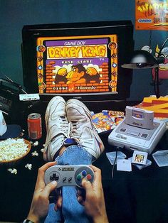 The perfect friday night in the 90s!