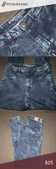 """AEO """"Bleached"""" Sky High Jeggings - Size 8 Regular NWOT/Never worn high waisted jeggings in a Size 8 Regular/Standard length American Eagle Outfitters Jeans Skinny"""