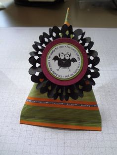 Beth's Paper Cuts: more halloween treat holders