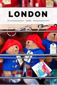 Schattig hè, die Paddington Bears. Gespot in Londen op de Portobello Road Market. deze openlucht markt is echt een must-see tijdens een stedentrip Londen. Bekijk alle tips.