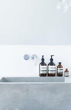 - aesop products / Bathroom / Salle de bain