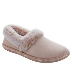 Skechers Night Cap Plush Faux Fur Slipper Step into oh-so-comfortable. Suede-like microfiber fabric and a memory foam cushioned footbed make these casual slippers a cozy place for your feet this winter. Cozy Place, Navy Pink, Skechers, Memory Foam, Faux Fur, Fashion Shoes, Plush, Slippers, Slip On