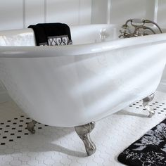 Classic Roll Top Petite 54-inch Cast Iron Clawfoot Tub with Tub Wall Drilling - Overstock Shopping - Big Discounts on Claw Foot Tubs