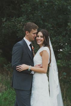 the bride looks so lovely in lace | C J Williams Photography