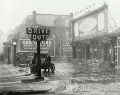 The first gas station in St Louis 1916