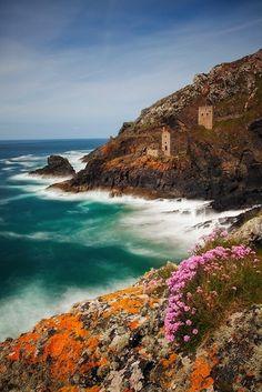 Cornwall, England - a stunning destination for a summer honeymoon