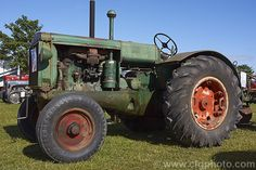 An original condition 1946 Oliver 90 tractor. The 90 was produced from and had a 4 cylinder kerosene motor. This unstyled version clearly shows the heritage of the Oliver Hart Parr from which it was developed. More Tractor Photos. Case Ih Tractors, Old Tractors, John Deere Tractors, Antique Tractors, Vintage Tractors, Vintage Farm, Mahindra Tractor, Tractor Pictures, Agriculture