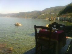 spectacular lunch right over the sea Ristorante Il Pirata, UBais Chianalea di Scilla, (RC) ITALY www.ubais.it