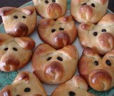 DIY Pig Face Bread