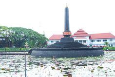 Tugu Balai Kota Malang , Indonesia Blue Sky Photography, Malang, Java, Statue Of Liberty, Tourism, Watercolor, Traditional, City, Random