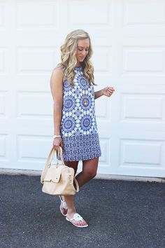 STYLE // LITTLE BLUE SHIFT + JACK ROGERS GIVEAWAY! | Style Cusp