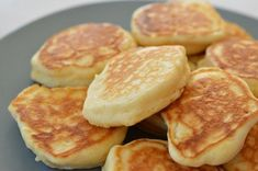 Thermomix Pikelet Recipe How should nutrition be in children aged For… Easy Snacks, Easy Meals, Kid Snacks, Pikelet Recipe, Breakfast Recipes, Dessert Recipes, Pancake Recipes, Pudding Recipes, Breakfast Ideas