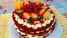 Pastel de nata-Tarte portugheze cu crema de ou si vanilie – Evelina's Food Red Velvet, Cake, Desserts, Pastel De Nata, Custard, Pastries, Cream, Tailgate Desserts, Deserts