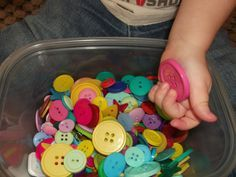 this woman is extremely creative (and patient) coming up with activities for toddlers/pre-schoolers
