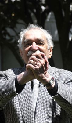 """#GabrielGarciaMarquez -Colombian novelist Nobel prize of literature, """"Cien años de Soledad"""" in his 85th birthday! feliz cumpleaños don Gabo http://stampingwithbibiana.blogspot.com/"""