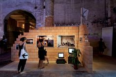 Image 1 of 15 from gallery of Venice Biennale Torre David, Gran Horizonte / Urban Think Tank + Justin McGuirk + Iwan Baan. Venice Biennale, Slums, Photo Essay, Mount Rushmore, Urban, Explore, Architecture, World, Gallery