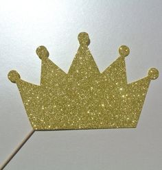 King Crown   Photo Booth Prop  Theme Party Tea Party by PICWRAP