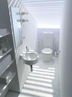 Ideen für ein kleines Badezimmer * weißes Bad * schmale und schräge Wände * platzsparend für Stadtwohnung