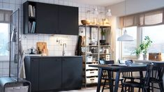 For a more sustainable kitchen, discover KUNGSBACKA fronts from IKEA. KUNGSBACKA is made from recycled waste. See how we create a modern kitchen with the help of KUNGSBACKA anthracite cabinets. Black Kitchen Cabinets, Black Kitchens, Cool Kitchens, Italian Kitchens, Kitchen Black, Kitchen Modern, Deco Studio, Ikea Kitchen Design, Kitchen Ideas