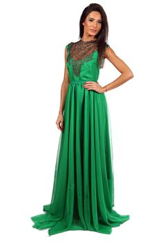Rochie lunga Enia - http://missgrey.ro/rochii/101-rochie-enia-verde.html - din voala verde cu piept aplicat din dantela fina - o rochie de seara spectaculoasa in care te vei face remarcata la orice eveniment alegi sa o porti. Pieptul din dantela aurie ofera intregii tinute pretiozitate, iar voalul in cascada din partea de jos a rochiei lungi, amplitudine si eleganta.