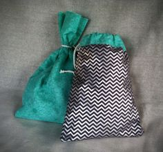 Swoon 30 Minute Drawstring Gift Bag | Sewing Pattern | FREE | YouCanMakeThis.com