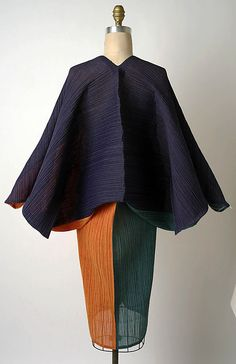 Issey Miyake @1991 back Met Collection