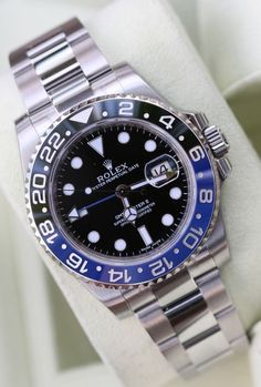 Rolex GMT II Blue Black Stylish Watches, Luxury Watches, Rolex Watches, Amazing Watches, Cool Watches, Watches For Men, Fine Watches, Sport Watches, Rolex Batman