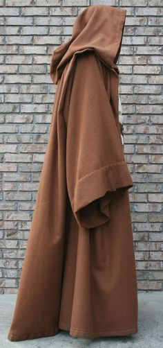 Cosplay Costume Jedi robe pattern and tutorial, possibly not only the easiest but most screen accurate! Costume Jedi, Costume Star Wars, Jedi Cosplay, Cosplay Diy, Cosplay Ideas, Costume Ideas, Jedi Halloween Costume, Halloween Doll, Costume Patterns