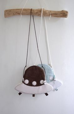 Alien On Board  UFO shape small shoulder bag by overdo on Etsy