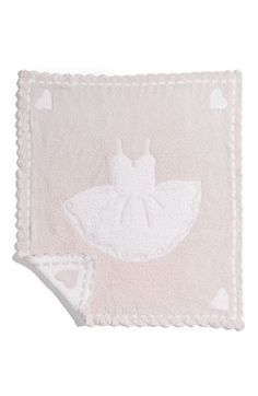 Free shipping and returns on Barefoot Dreams® Receiving Blanket at Nordstrom.com. A plush baby blanket offers a cute reversible print.