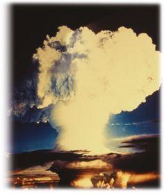 A bomba de Hiroshima é um registro de horrores e lições para a humanidade.