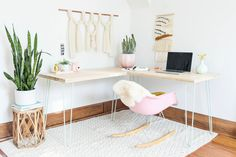 Hairpin leg desk transforms from L-shape in to long length