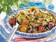 10 lättlagade middagar för dig som vill gå ner i vikt Lchf, Pasta Salad, Diet, Health, Ethnic Recipes, Food, Crab Pasta Salad, Health Care, Essen