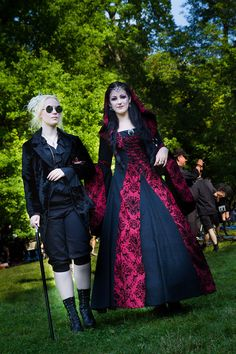 Angel Clothing Staff trip to WGT Leipzig 2014.  Photographer Val Rose - http://www.valrosephotography.co.uk Stunning People and Stunning Clothes Day 1, Picnic in the Park  Angel Clothing - http://www.angelclothing.co.uk