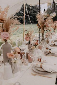 Boho Wedding, Floral Wedding, Fall Wedding, Wedding Colors, Wedding Flowers, Dream Wedding, Garden Wedding, Wedding Table Decorations, Wedding Table Settings