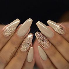There are three kinds of fake nails which all come from the family of plastics. Acrylic nails are a liquid and powder mix. They are mixed in front of you and then they are brushed onto your nails and shaped. These nails are air dried. Gold Nail Designs, Simple Nail Art Designs, Nails Design, Salon Design, Rhinestone Nail Designs, Pedicure Designs, Simple Art, Fabulous Nails, Gorgeous Nails