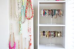 Love these acrylic jewelry stands from the container store!