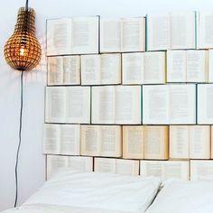 Decorating with books // Kitaplarla dekorasyon #decor #decoration #dekorasyon #book #books #kitap #bed #yatak #design #diy #mood #moody #home #homesweethome #ev #look #instamood #instagood #light #tasarım #ucuz #idea #bedroom #yatakodası by moody_homes