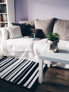 "Black&white knitted rug by Dwa Guziki | Dywanik ""Pasiak B&W"" DwaGuziki.pl"